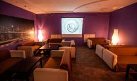 Blackberry Hookah Club: Lounge